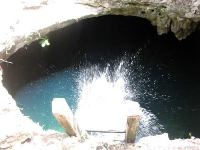 Chris Cenote Splash